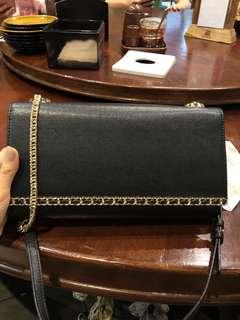 Bag party charles & keith