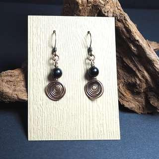 Black tourmaline round beads handmade spiral earrings / lane22 #1212