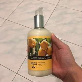 Marks and Spencer Hand & Body Lotion (Lemon)