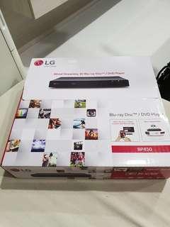 LG Blu-ray Player ( Lg BP450)