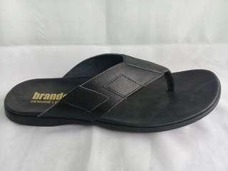 Sandal Jepit Kulit merk BRANDELL