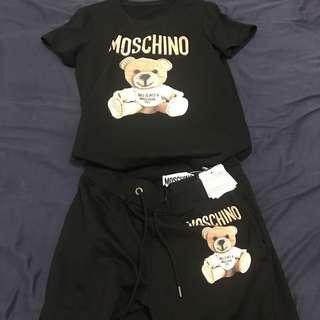 🚚 Moschino上衣+褲子
