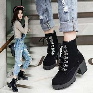 HIGH CUT SUEDE BOOTS