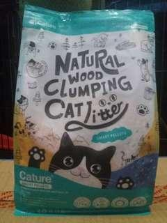 Natural wood clumping cat litter (1.4kg)
