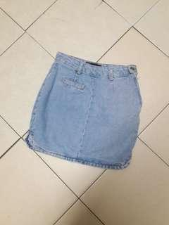 Mid-Blue High Waist Curve-Cut Denim Skirt