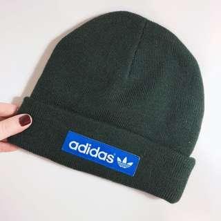 🚚 (全新)日本購入Adidas墨綠色毛帽