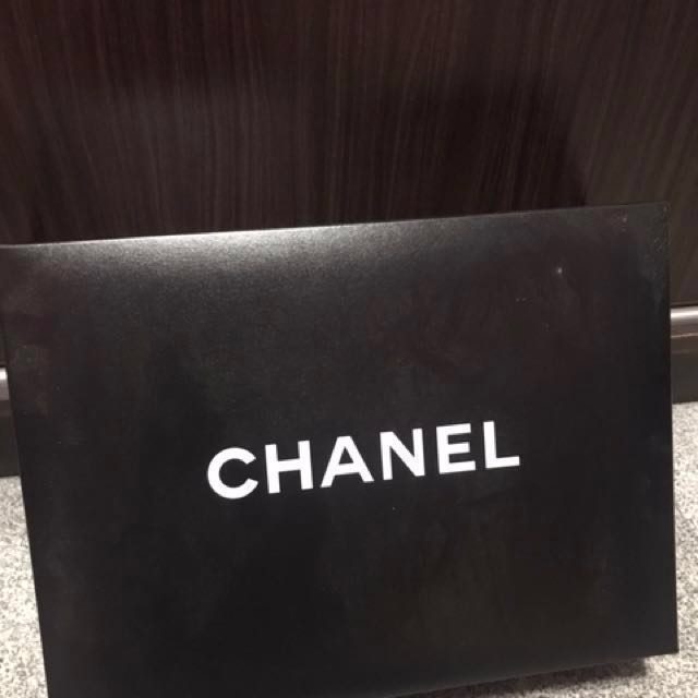 295a90aa31cd32 Authentic Chanel box, Chanel paper bag, Camilla flowers , care ...
