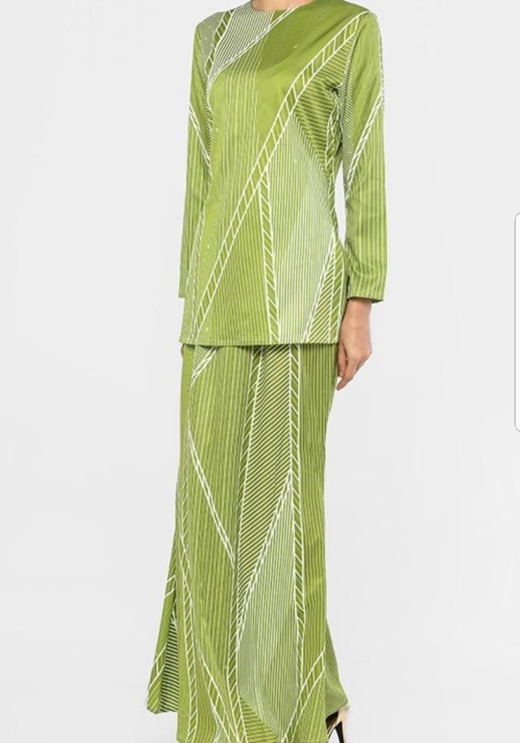 Emel Nancy Stripes Kurung in Green