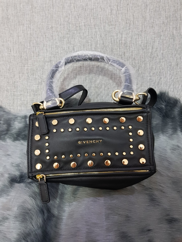 bcaf7c34750b Givenchy Pandora studded bag