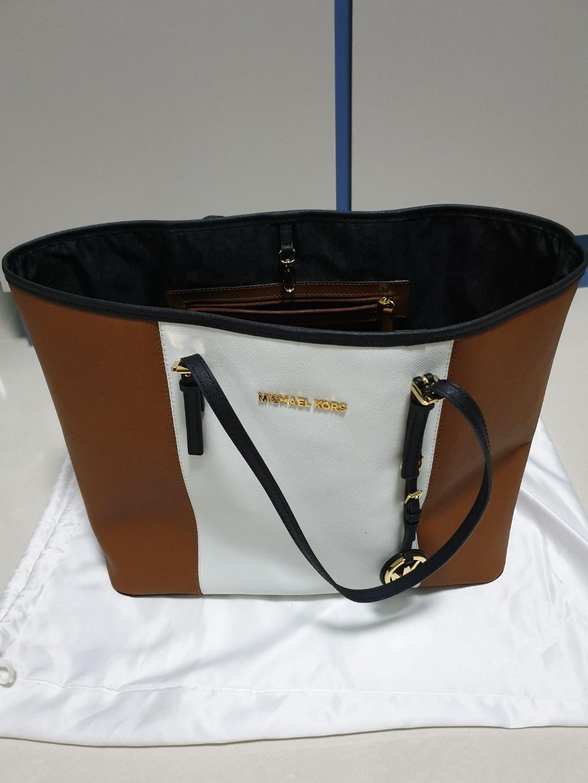 6ee81bcc4a44df Michael Kors Handbag, Women's Fashion, Bags & Wallets, Handbags on ...