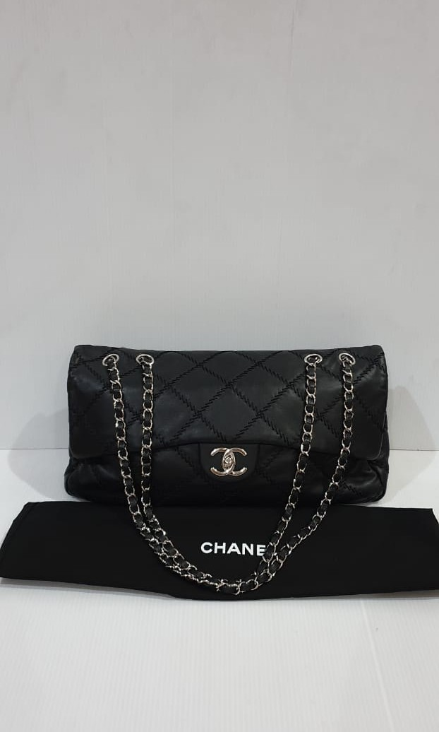 91b4496ab66f Preloved Authentic VGC Chanel Flap bag Lambs bisa sling SHW #14 (35 ...