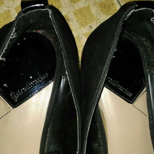 stradivarius black suede flats.
