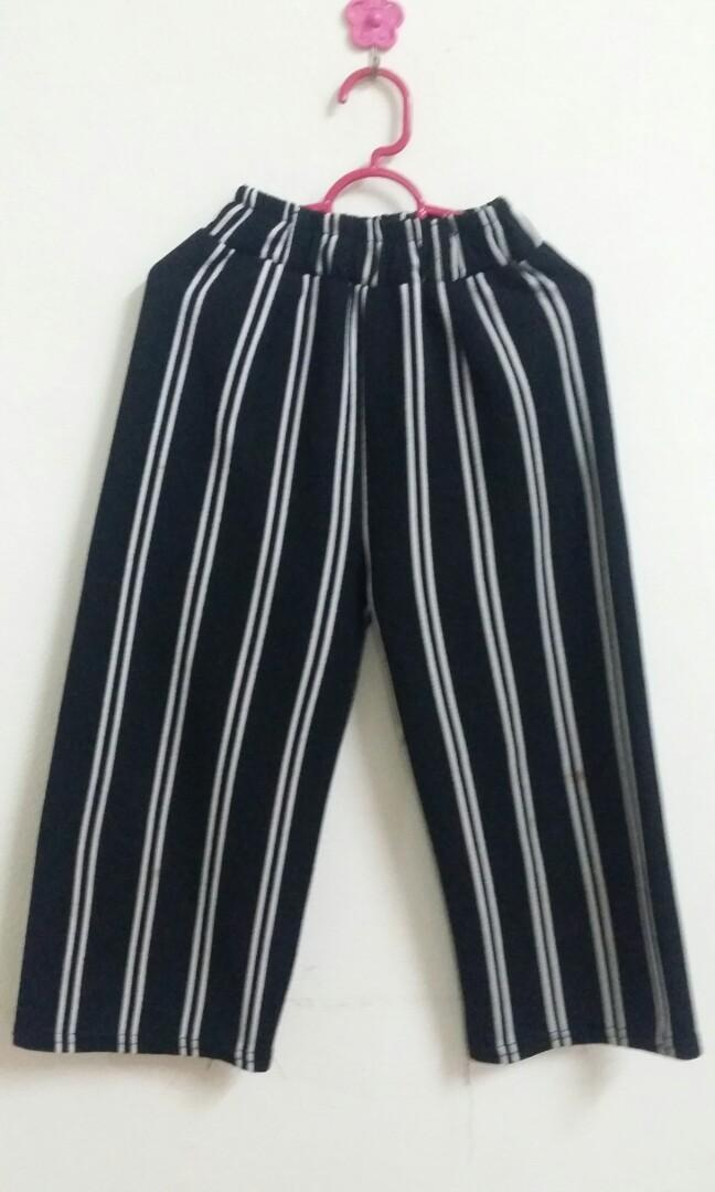 Stripes Culottes girl