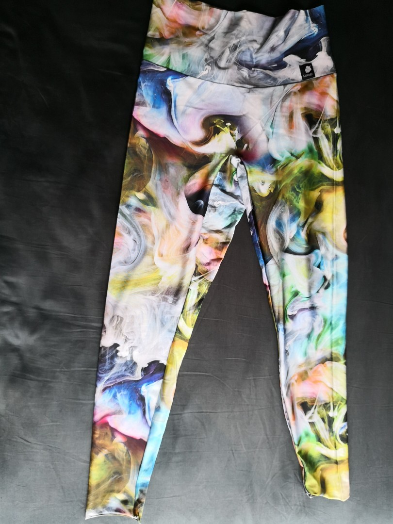 0db53e917d7bf VEUC Lineage yoga pants in watercolor print, Sports, Sports Apparel ...