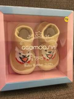 Brand new Korean baby & toddler rubber shoes 115