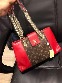 Lv Tote Red☑️ Grade 5AAA
