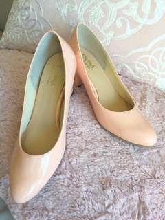 Esperanza pink high heeled shoes size 34 超舒適粉色漆皮高跟鞋