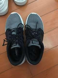 Adidas 休閒鞋 Euro38