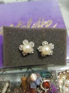 F21 Earrings 2
