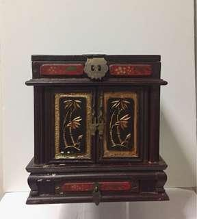 Estate Chinese Painted Lacquered Jewellery Cabinet; 1930s