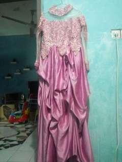 Gaun semi kebaya