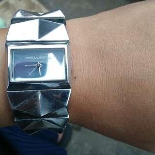 Jam tangan kard lagerfal