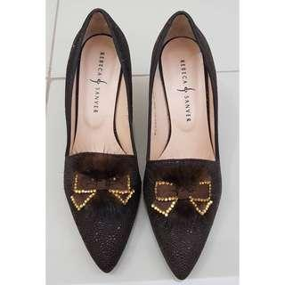 Rebeca and sanver pointed shoes