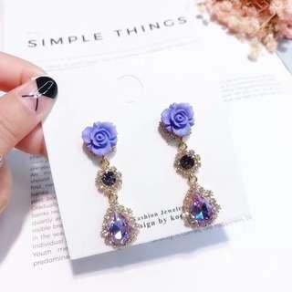 (Free pos 3 pairs & above) Korean design purple rose with diamond crystal earrings