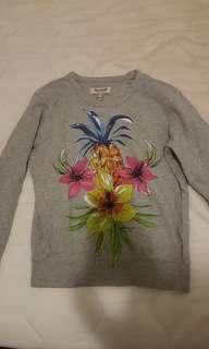 Juicy Couture (small) Sweater