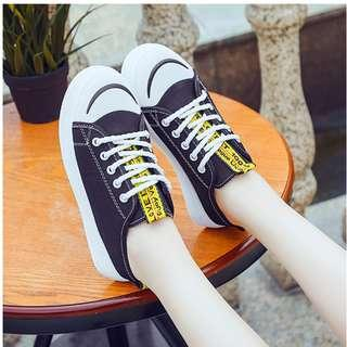 [Ready Stock] Comfortable Canvas Half Sandal Style Shoes