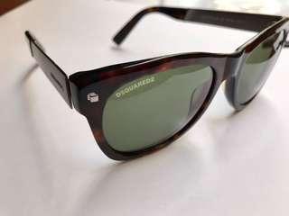 Sunglasses DSQUARED2 kacamata