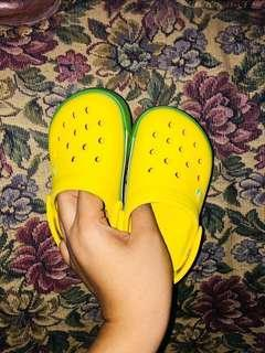 Authentic Crocs (C6-7) ⚡️FREE SF w/in MM⚡️