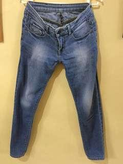 Jag size 26