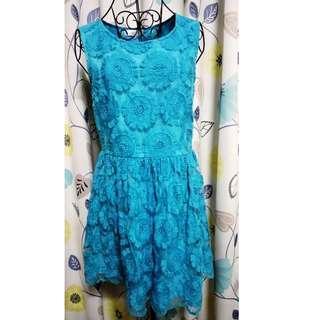 🚚 藍色刺繡無袖短洋裝
