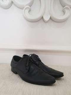 Sepatu aldo pantofel hitam