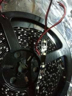 2.5米(兩餅/$80) LED燈帶,不知白、黄(不設退換)