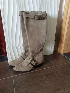 韓國新款 型格 真皮 長boot 37 size