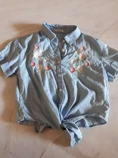 Flower embroidery shirt with tie front
