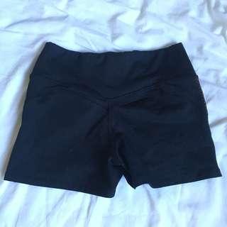 La Senza spandex shorts (S)