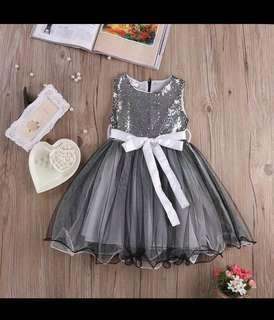 Gaun anak perempuan glitter