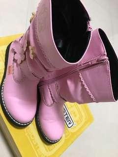 Buster Boots Girls 只穿過一次Shoes