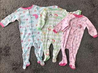 LIKE NEW Sleepsuit Bayi 6&9m