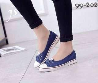 🔖Ladies High Quality Canvas Slip On shoes!    ☛ only ₱560!♥ Size: 35-39 ☛
