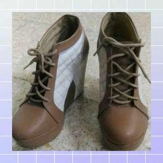 Wedges Casual Beige