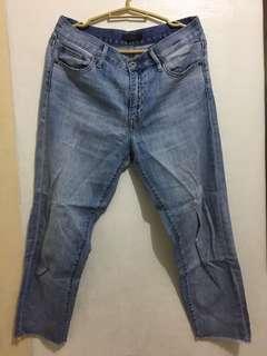 Uniqlo Mom Jeans