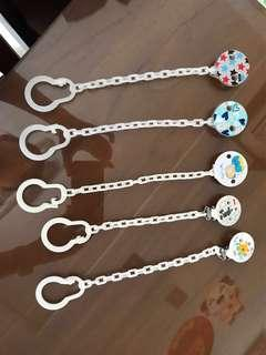 5 Pacifier holders