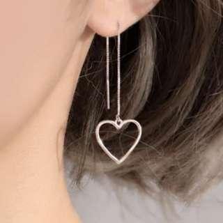 3-10 Beautiful earrings with gold love heart motifs