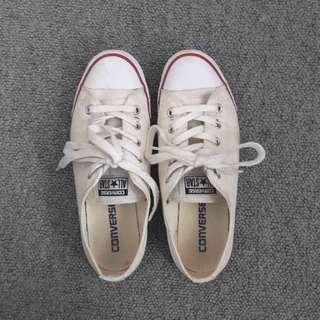 Authentic Converse (dainty)