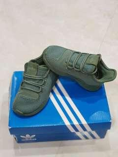 Adidas shoes Preloved