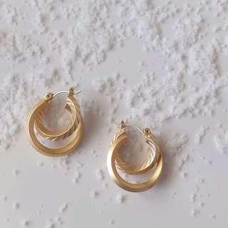 。(B)簡約韓國耳環。五款均一價
